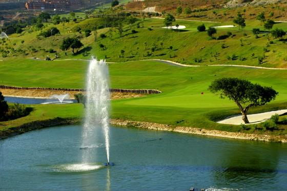 donajulia-golfclub1