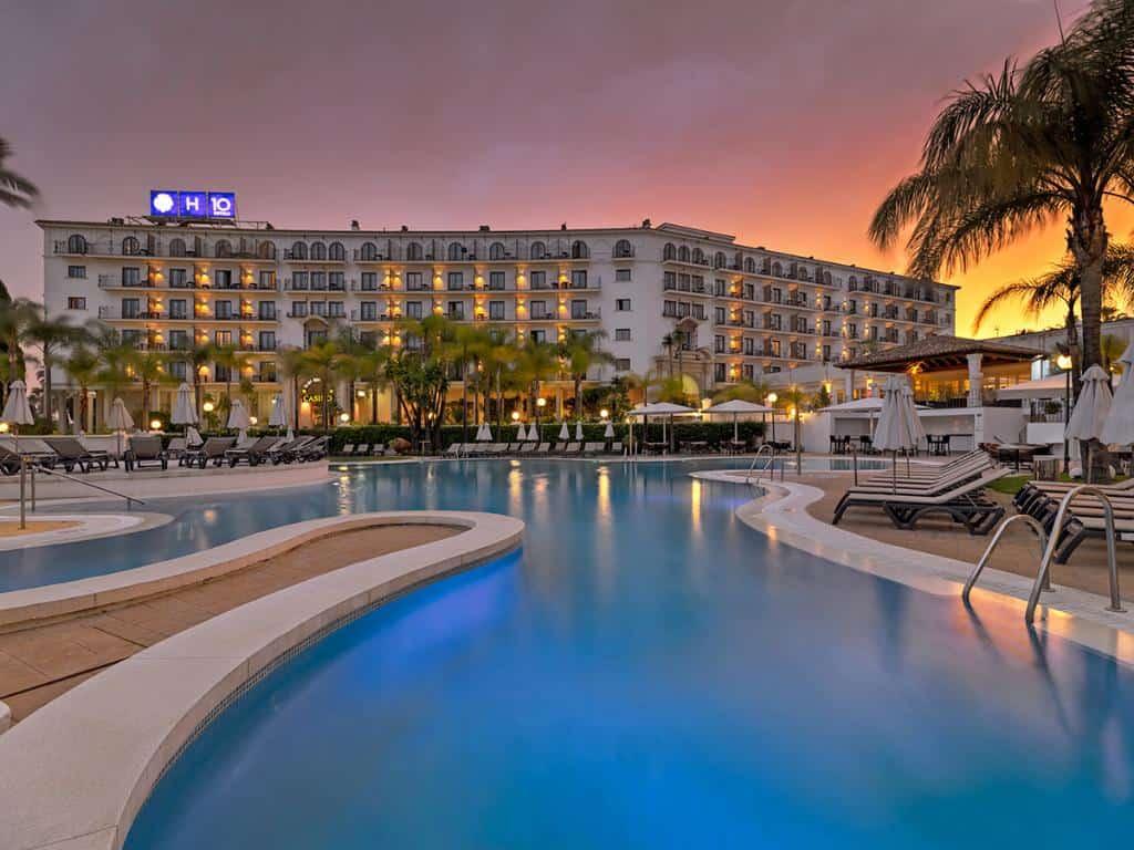 h10 andalucia plaza hotel & casino golf accomodation